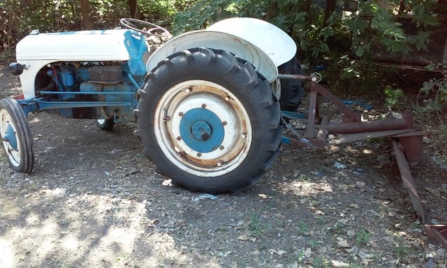 Ford 9n Loader : Ford n and attachments nex tech classifieds