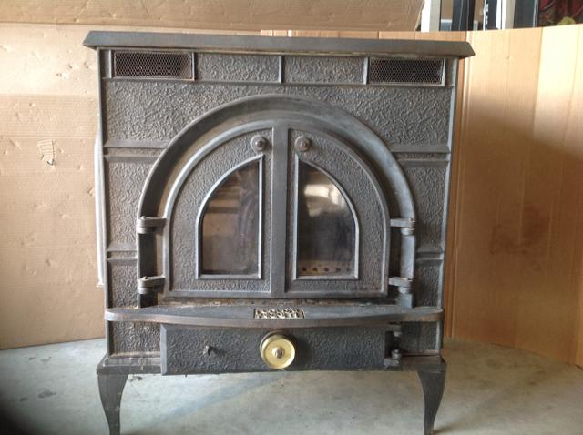 Contact Seller - Federal Airtight Wood Burning Stove - Rainbow Classifieds