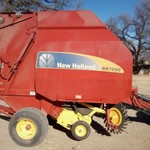 New Holland BR7090 Baler