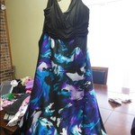 Womens large sleeveless dress