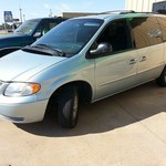 01 Chrysler Town & Country NICE