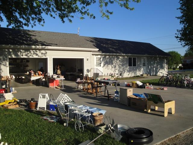 Sabetha Ks City Wide Garage Sales June 10 11 Y 39 All Come Tct Classifieds