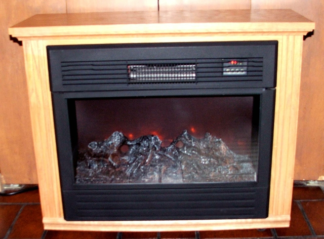 Amish Made Electric Heater With Fireplace Look Appeal Nex Tech Classifieds