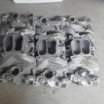 3 SBC edelbrock performer intakes