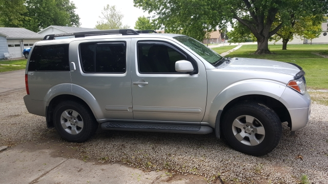 2007 nissan pathfinder 4x4 3rd row seating tct classifieds. Black Bedroom Furniture Sets. Home Design Ideas