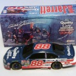 1:24 Scale 1999 Ford Taurus #88 Quality Care (BANK).