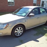 2008 Ford Taurus SEL, very good condition!