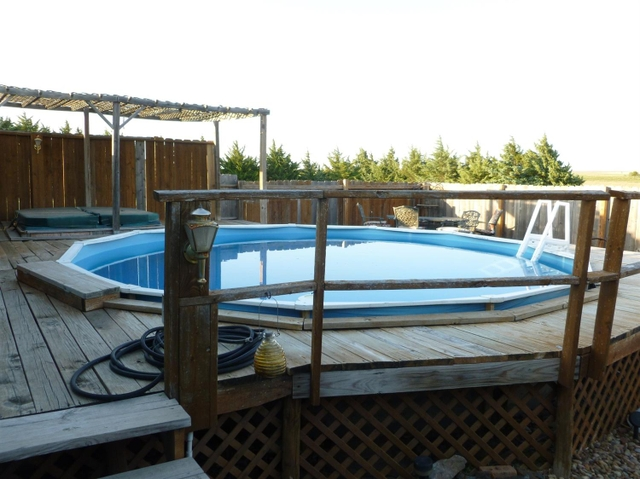 18 39 above ground pool w deck hot tub for sale pioneer for Above ground pool decks for sale