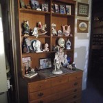 Ethan Allen Chest w/plate shelves-PRICE REDUCED