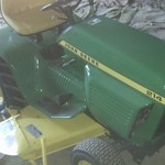 1975 john deere 214 lawn tractor with 47 in deck