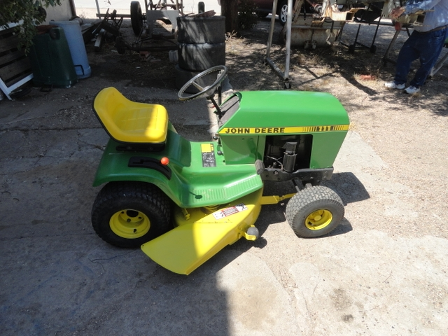 john deere garden tractor with mower 111