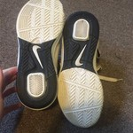 Size 7.5 Nike Zoom Basketball Shoes