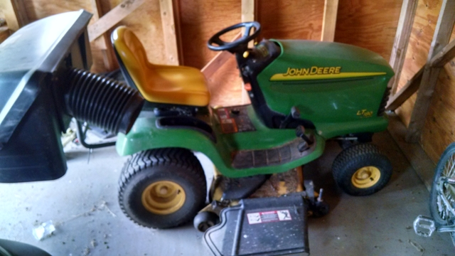 John Deere LT180 Riding Lawn Mower with Bagger