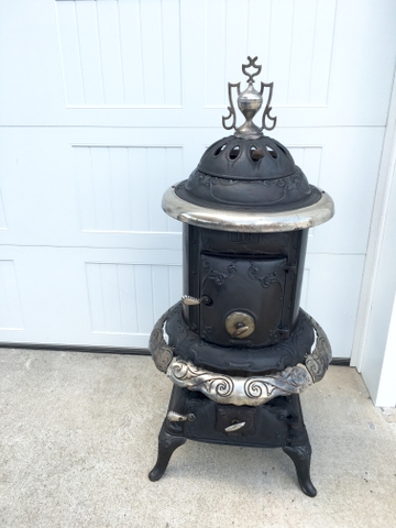 Vintage Peninsular Stove Co. No. 118 Cast Iron Parlor Pot Be