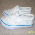 GIRLS SHOES-SIZE 6 AND 6 1/2