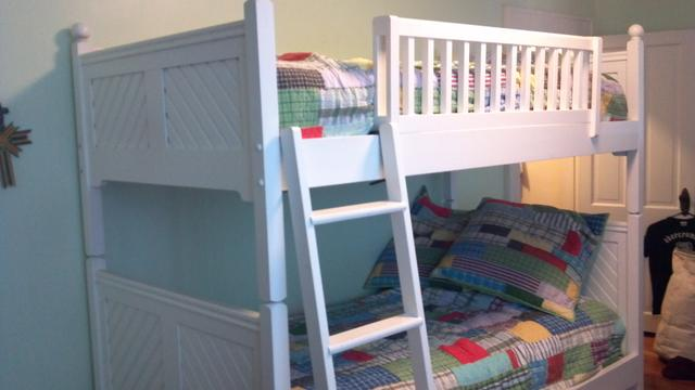 twin bunk bedvermont tubbs - ptci classifieds