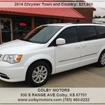 >2014 Chrysler Town and Country White V6