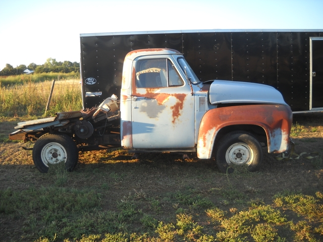 1954 Ford F100 project truck short