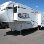 2012 Montana Mountaineer 5th Wheel RV
