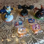 SKYLANDERS AND DISNEY INFINITY POWER DISC