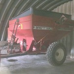 Brent 320 Grain Cart