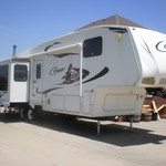 2010 Cougar 5th Wheel Camper