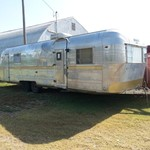 Vintage aluminum 28' Streamline travel trailer 4 remodel