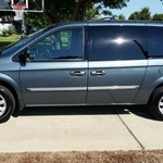 2006 Chrysler Town and Country Touring - Leather, DVD & Roof