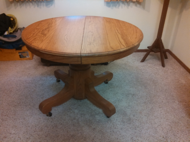 Antique oak pedestal round dining table with 2 leaves  : listingpic9762151428161760 from www.nextechclassifieds.com size 640 x 480 jpeg 200kB