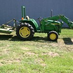 Lowered price JD 870 Tractor With Loader make an offer