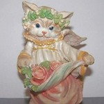 Collectible Thickets at Sweetbriar ANGEL CAT Figurine 1995