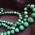 Antique Vintage GENUINE MALACHITE BEAD Necklace