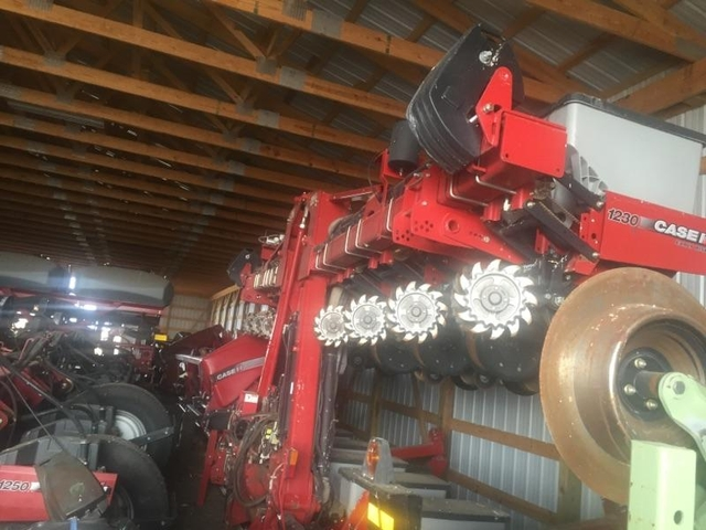 1230 Case Tractor : Case planter nex tech classifieds