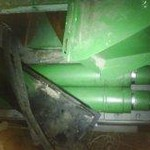 JD feeder house lift cylinders