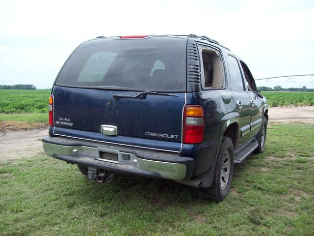 parting out 2001 chevy tahoe 4x4 3rd row seat nex tech classifieds. Black Bedroom Furniture Sets. Home Design Ideas