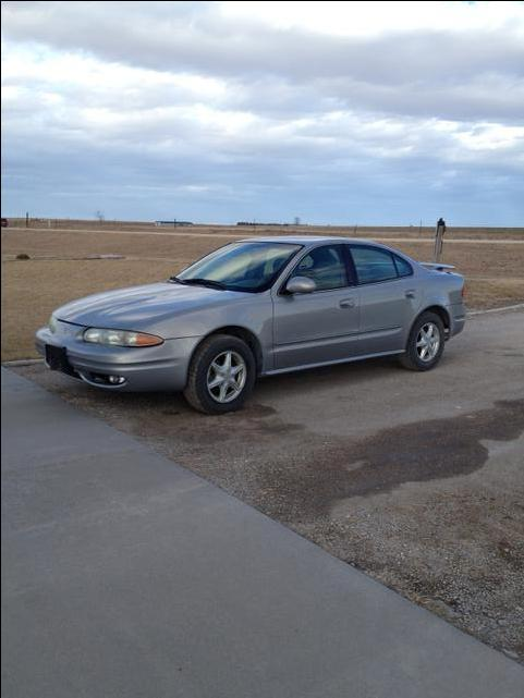 2000 oldsmobile alero for sale nex tech classifieds. Black Bedroom Furniture Sets. Home Design Ideas