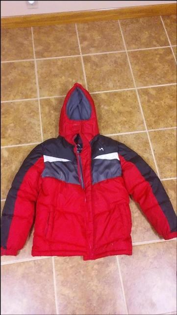 Boys Coat size 1214 Great Condition
