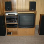 Home Entertainment stereo system w DVD recorder TV
