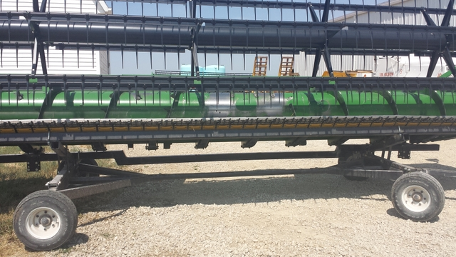 2006 John Deere 622HF Flex Head and Header Cart