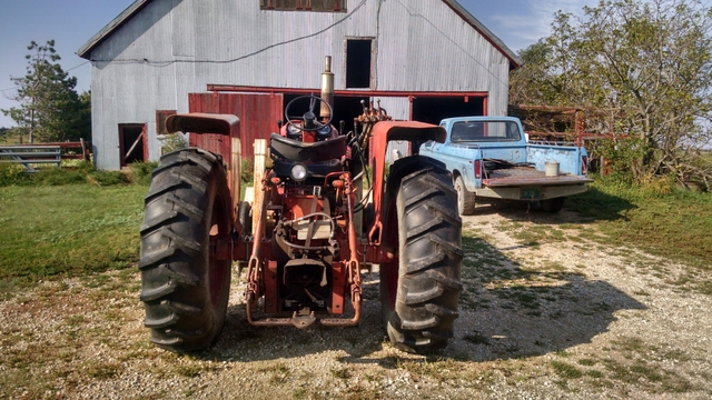 International 656 Tractor With Loader : Ih tractor w gb loader nex tech classifieds