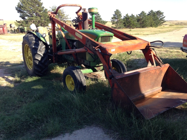 Farmhand F11 loader. - Nex-Tech Classifieds