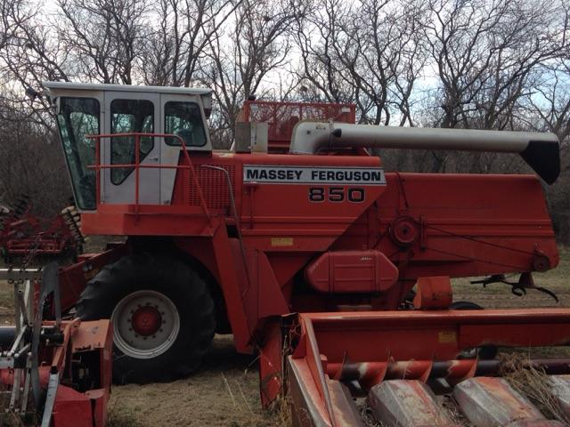 Massey 850 combine with or without heads nex tech classifieds - Massey ferguson head office ...