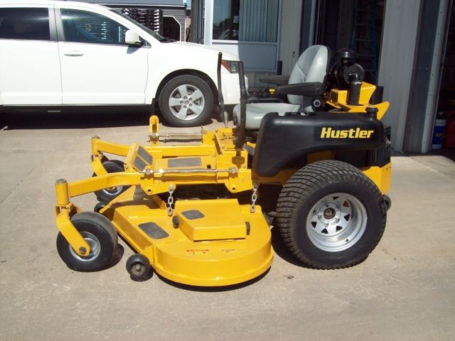 Variant, Hustler 802d 6 wheel mower sorry
