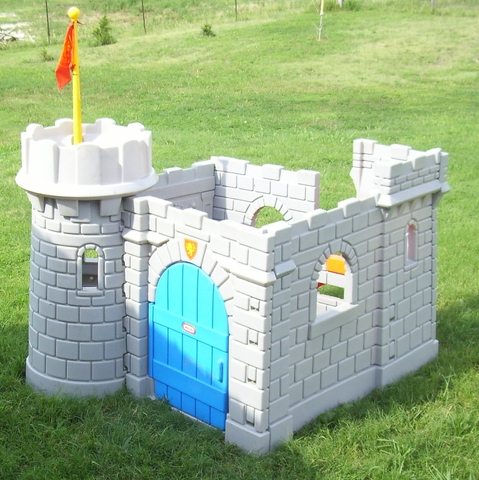 Little Tykes Classic Castle playhouse