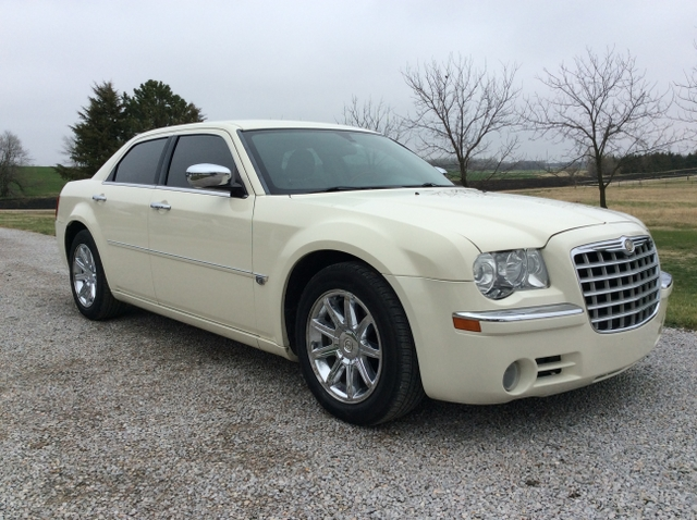 2005 chrysler 300c 5 7 hemi v8 leather 87k 300 c 8700. Black Bedroom Furniture Sets. Home Design Ideas