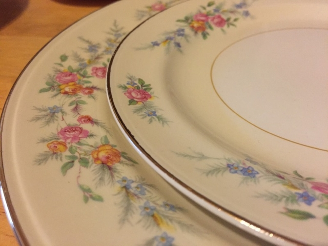 Homer Laughlin Fine China Dinnerware Collection 1940s