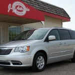 12 Town & Country Touring, Leather, DVD, Alloys 36K