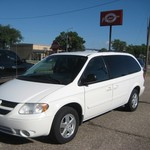 2007 Dodge Grand Caravan SXT 3.8 V-6, New tires, Stowe'N Go