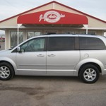2010 Town & Country Touring Quad Seats Alloys 70K Miles