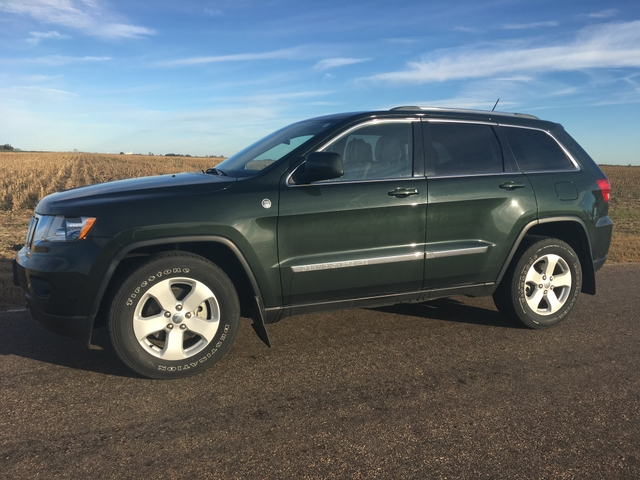 2011 jeep grand cherokee laredo 4x4 trail rated ptci classifieds. Black Bedroom Furniture Sets. Home Design Ideas